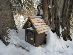 Birdhouse Whitemud Creek